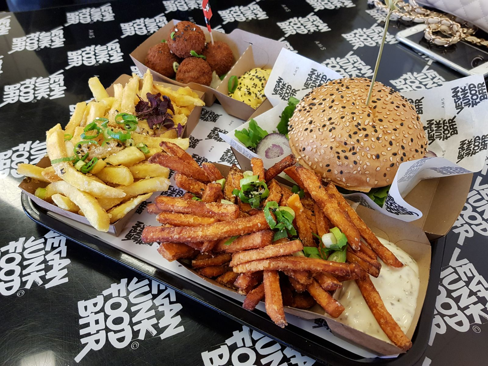 Food Friday: Vegan Junkfood bar in Amsterdam